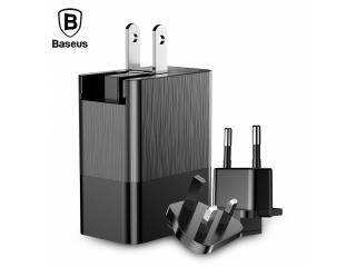 Baseus 3-Fach USB Netzteil 3.4A mit Adapter für USA Kanada UK Europa